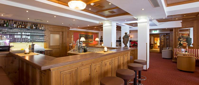 Hotel Alte Post, St. Anton, Austria - Bar.jpg